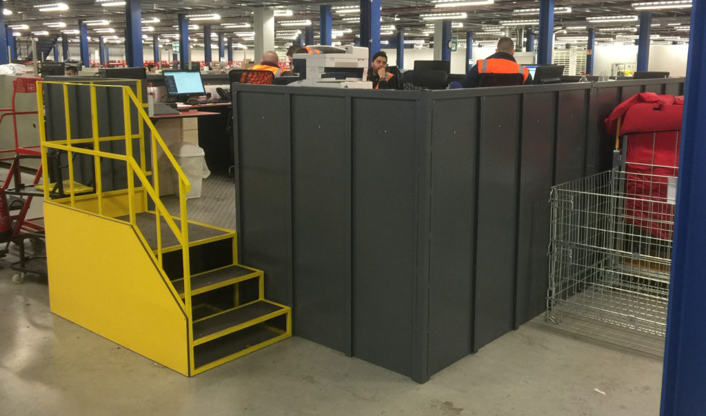 Office Pod Side Wall And Steps