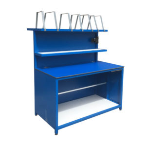 Versatile Work Bench With Dividers