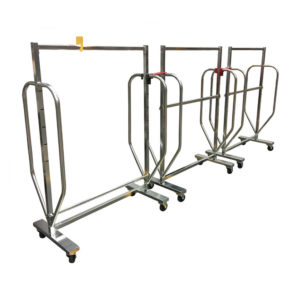 Interlocking Clothes Rails With Pull Handles